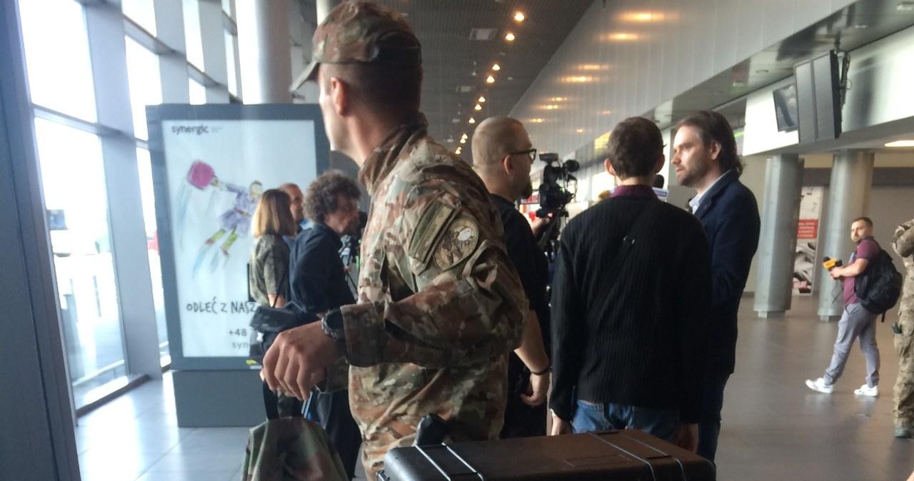 Ćwiczenia straży granicznej na lotnisku w Pyrzowicach