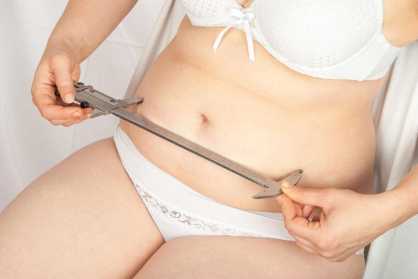 Ćwiczenia zawsze powinny iść w parze ze zdrową dietą /123RF/PICSEL