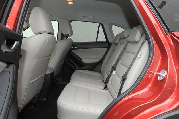 cx-5 fotele /Motor