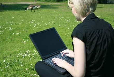 Cyberprzestępcy nie mają wakacji. Latem jesteśmy narażeni w sieci na więcej ataków fot. Steve Woods /stock.xchng