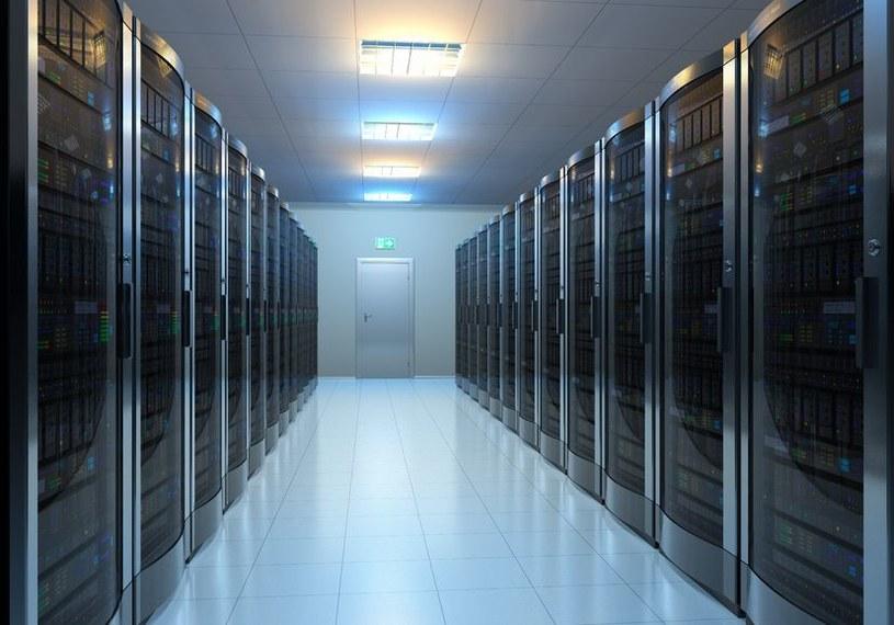 Cyberprzestępcy zdobyli dostęp do ponad 70 000 serwerów /123RF/PICSEL