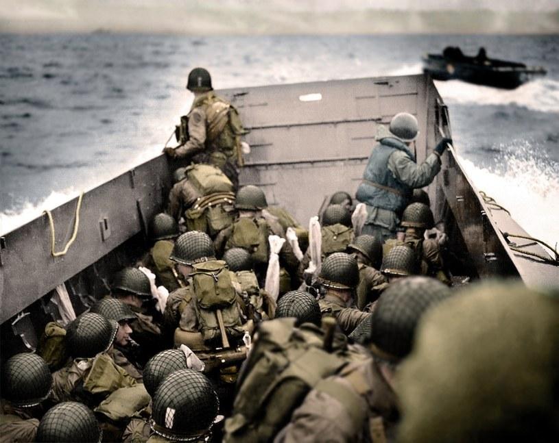 Cyfrowo pokolorowana fotografia z lądowania na plaży Omaha, 6 czerwca 1944 r. /Paul Reynolds / mediadrumworld.com /East News