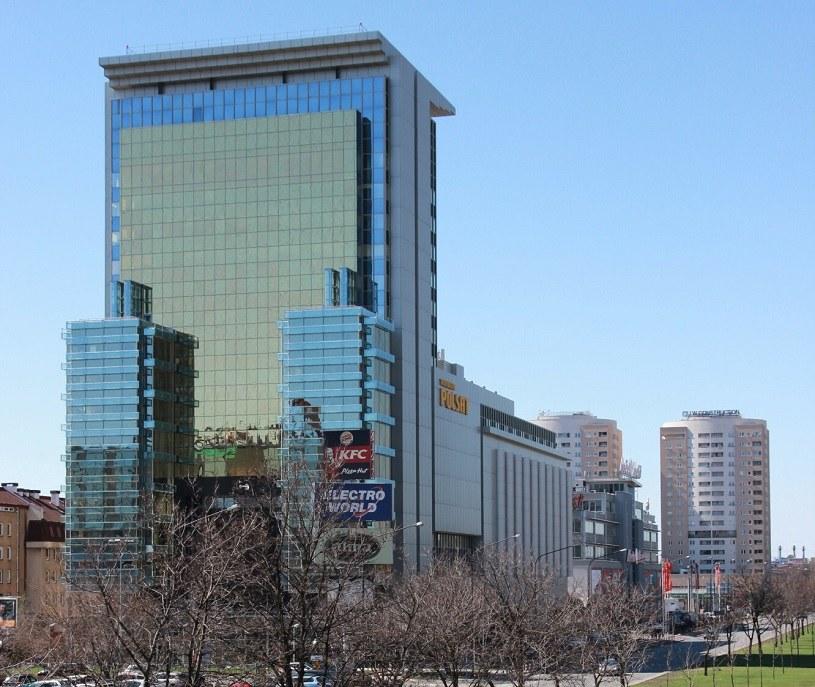 Cyfrowy Polsat ogłosił przymusowy wykup akcji Netii /Marek Zajdler /Agencja SE/East News