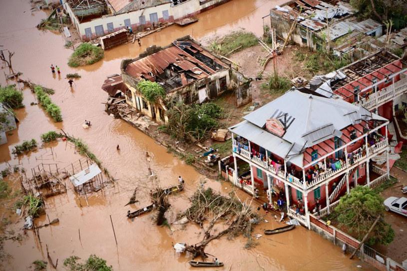 Cyklon Idai oraz powodzie, które po nim nastąpiły, przetoczyły się w zeszłym tygodniu przez Mozambik, Zimbabwe i Malawi /AFP