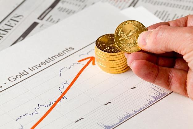 Cylkl obniżek stóp w USA podbije cenę złota /©123RF/PICSEL