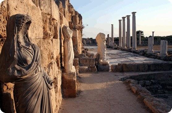 Cypr - atrakcje turystyczne - 3 /© Photogenica