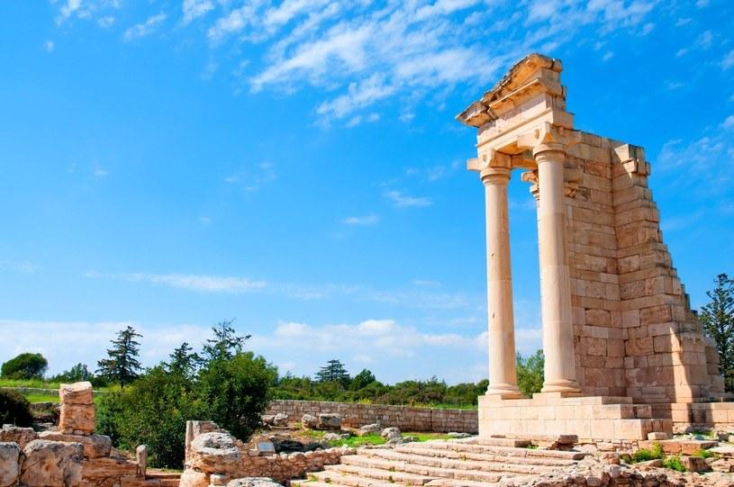 Cypr to idealne miejsce dla turystów spragnionych relaksu i bliskości z historią /123RF/PICSEL
