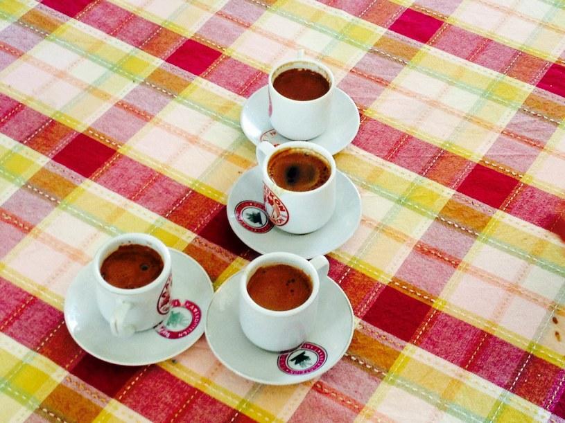 Cypryjska kawa jest bardzo mocna i wyjątkowo słodka /interia /INTERIA.PL