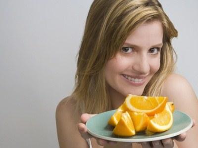 Cytrusy, dzięki niewielkiej liczbie kalorii, doskonale nadają się do diet odchudzających  /© Panthermedia