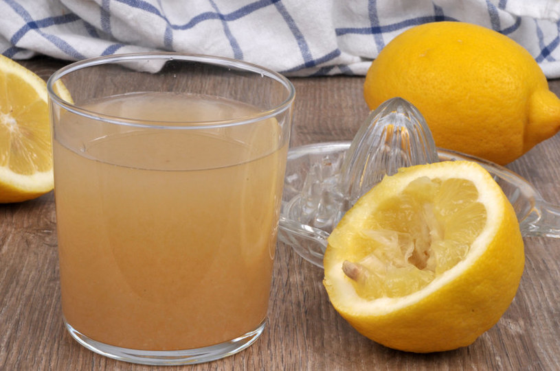 Cytrusy powinny być spożywane nie tylko zimą /123RF/PICSEL