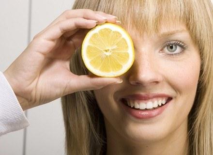 Cytryna może poprawić stan twojej cery.