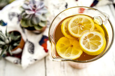 Cytrynowa herbata mrożona