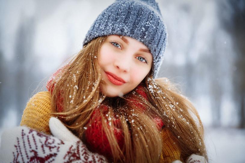 Czapka może uchronić cię przed wieloma chorobami /123RF/PICSEL