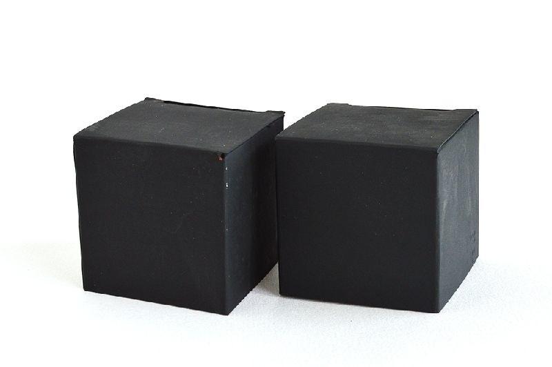 czarne pudełka /© Photogenica