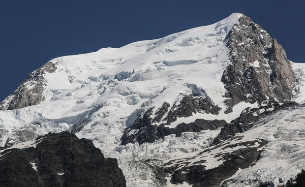 """""""Czarni przewodnicy"""" bez licencji. Wstrząsające kulisy wyprawy na Mont Blanc"""