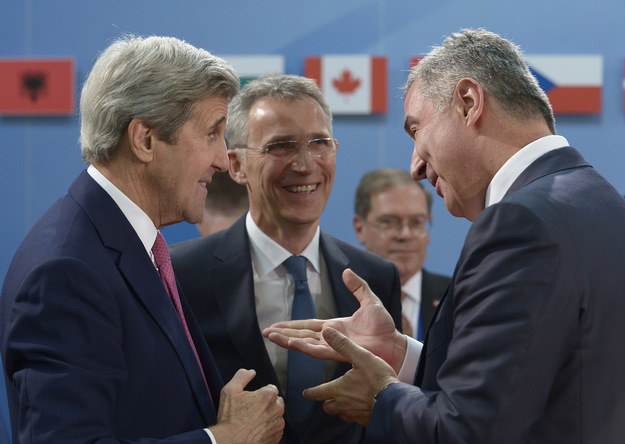 Czarnogóra przystępuje do NATO /AFP