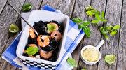 Czarny makaron z krewetkami