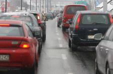 Czarny Piątek: Oblężone parkingi, korki przy centrach handlowych