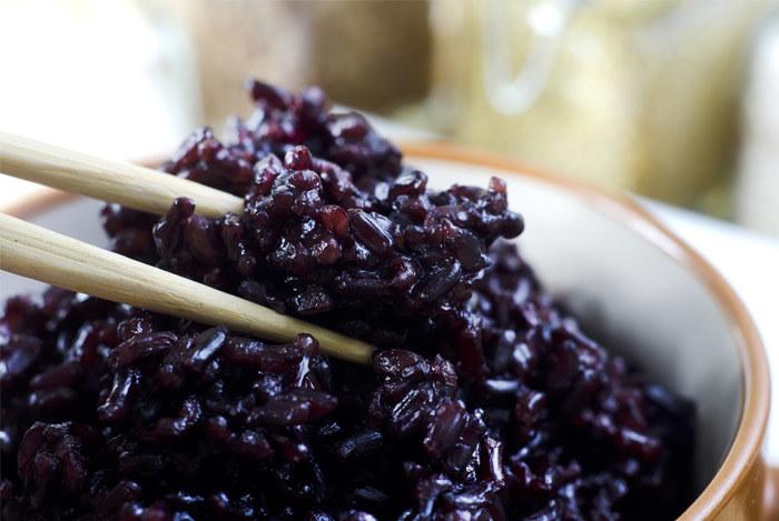 czarny ryż na astmę /© Photogenica