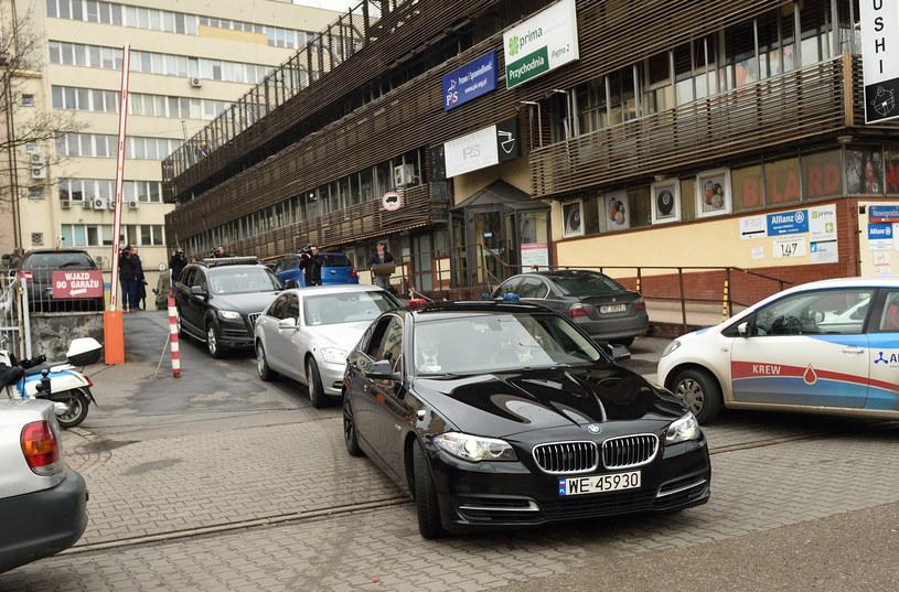 Czarnym BMW przemieszcza się m.in. wicepremier Piotr Gliński /Adam Chełstowski /Agencja FORUM