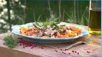 Czas na szparagi w kuchni! Przepis na szparagi w sosie z suszonymi pomidorami