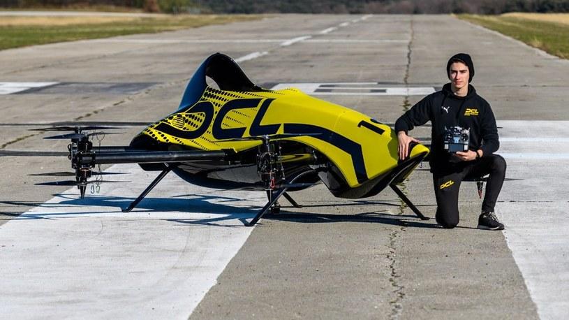 Czas na wyścigi sportowych latających taksówek. Oto pierwsze wynalazki (filmy) /Geekweek