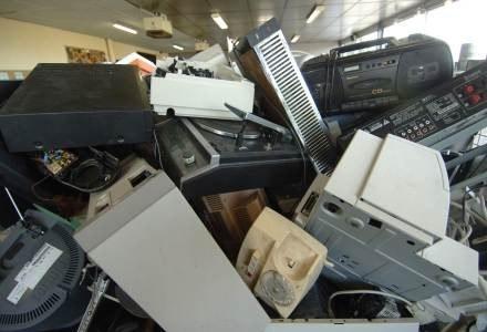 Czasami naprawa komputera jest absolutnie nieopłacalna. Wtedy lepiej oddać sprzęt na złom /AFP