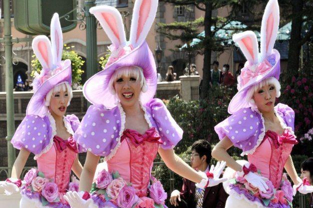 Czasami świąteczne króliczki nie są tym za co się podają /AFP