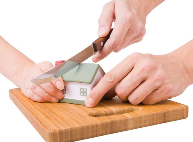 Czasem łatwiej podzielić dom niż drobne przedmioty /123RF/PICSEL