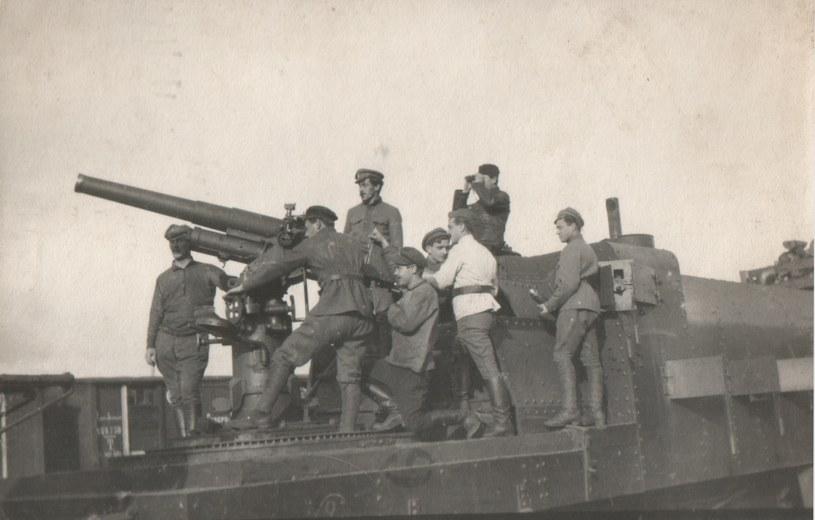 Czechosłowacki pociąg pancerny w Rosji, 1918 rok /INTERIA.PL/materiały prasowe