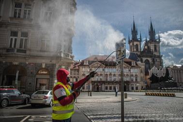 Czechy poluzowują ograniczenia. Otwarte będą m.in ogródki w restauracjach