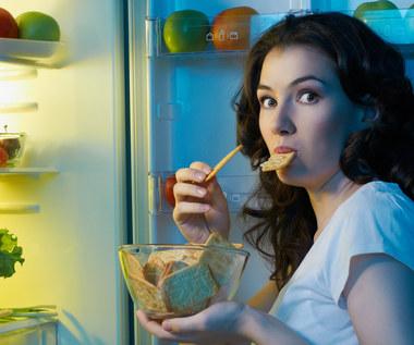Czego lepiej nie jeść na kolację? Oto pięć najgorszych produktów