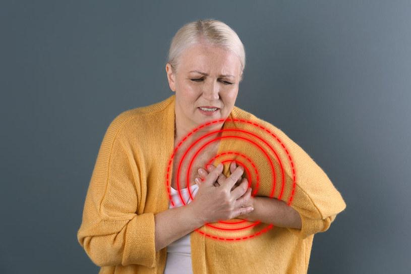 Czego objawem jest kołatanie serca? /©123RF/PICSEL