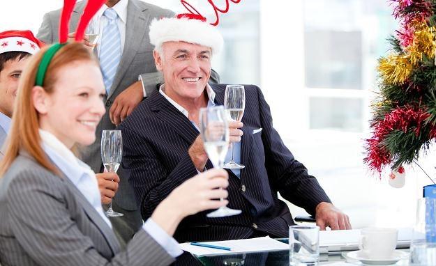 Czego pracownicy oczekują od szefa w święta? /123RF/PICSEL