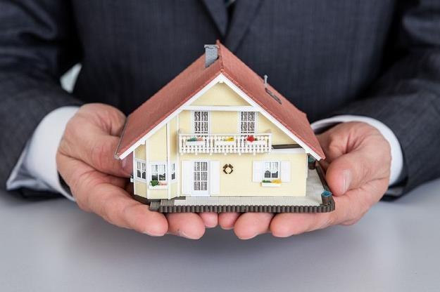Czekają nas kolejne spadki poziomu rat kredytów hipotecznych? /©123RF/PICSEL