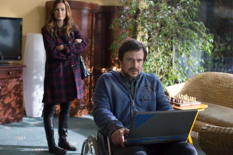 - Czekają nas też kolejne dramatyczne wydarzenia w życiu Leny i Latoszka z udziałem tajemniczej bohaterki - mówi scenarzystka. /Agencja W. Impact