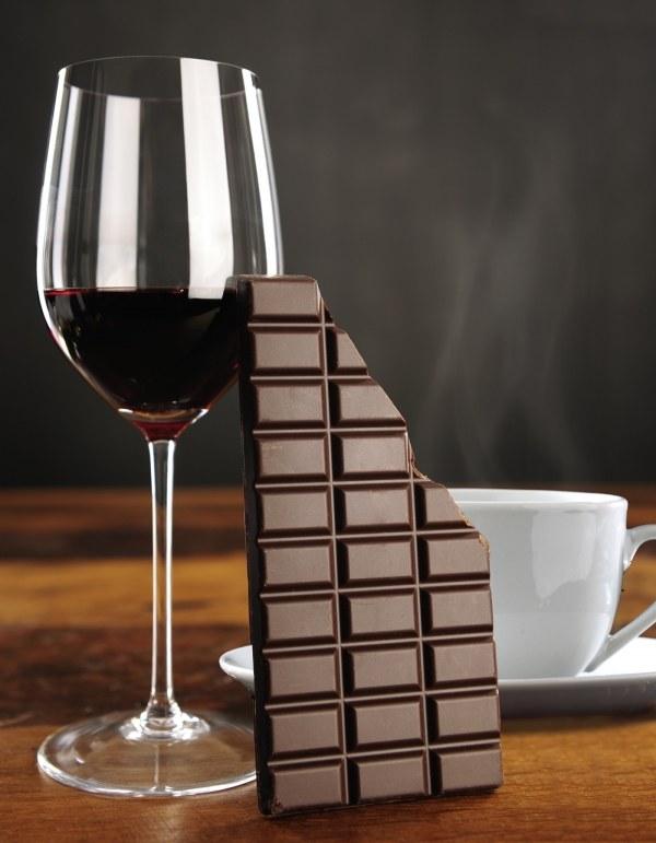 czekolada i wino /© Photogenica