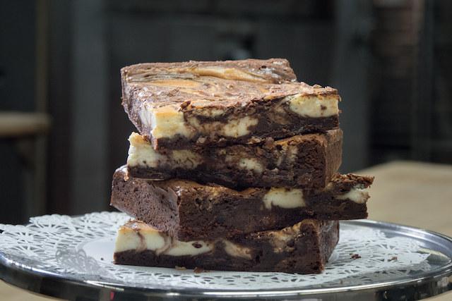 Czekoladowe brownie /materiały prasowe
