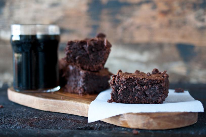 czekoladowe ciasto z piwem /© Photogenica