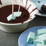 Czekoladowe fondue z piankami