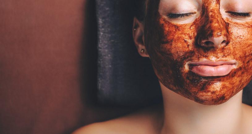 Czekoladowe kosmetyki intensywnie odżywiają skórę /123RF/PICSEL