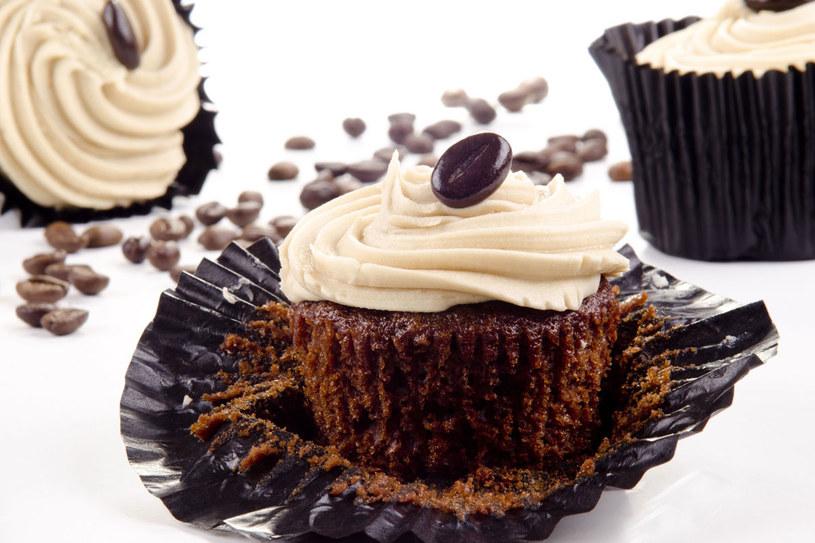 Czekoladowe muffinki /123RF/PICSEL
