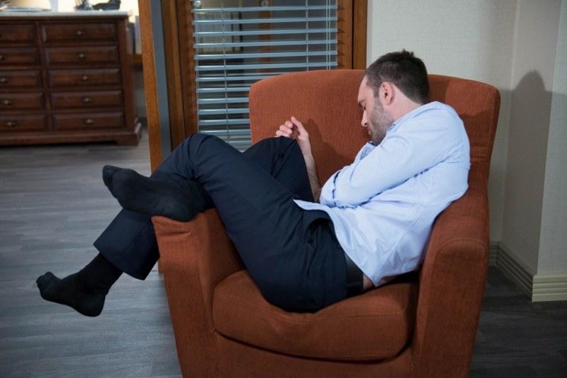 Czemu prawnik nocował w kancelarii? /Agencja W. Impact