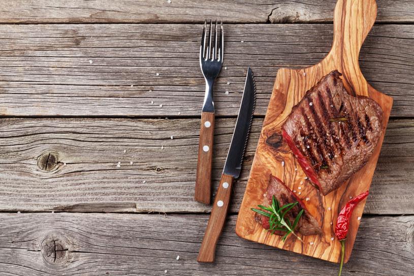 Czerwone mięso należy jeść nie częściej niż trzy razy w tygodniu /123RF/PICSEL