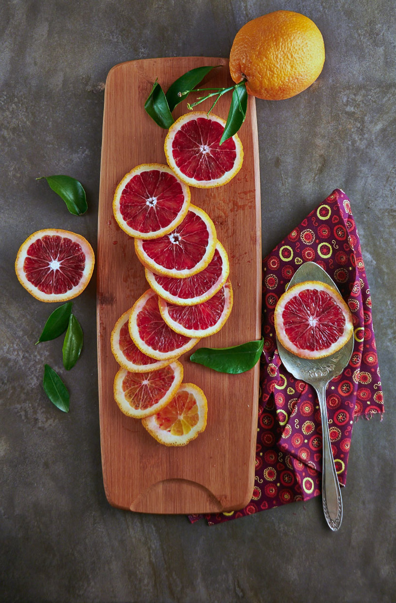 czerwone pomarańcze /© Photogenica