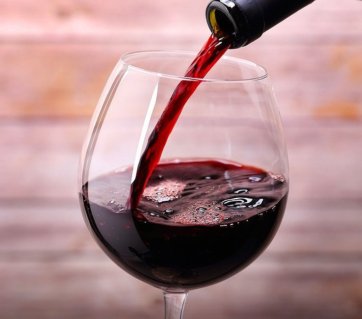 Czerwone wino /© Photogenica