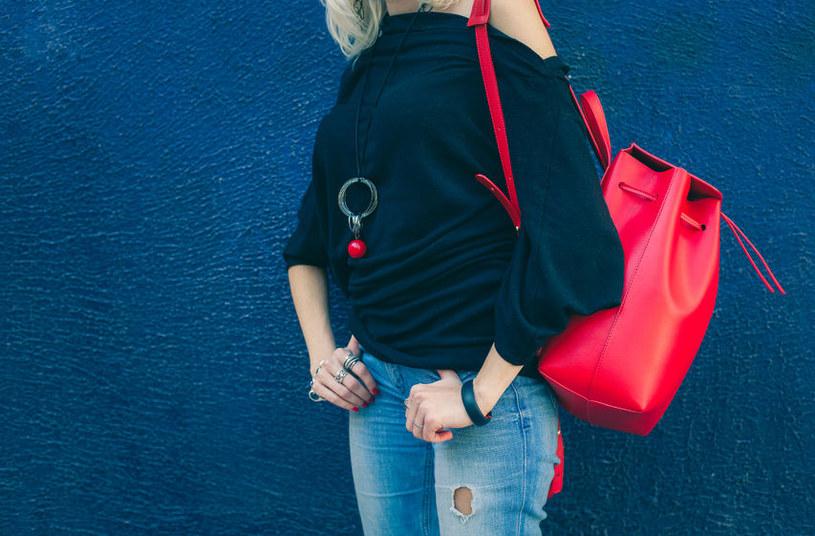 Czerwony plecak ze skóry /materiały prasowe