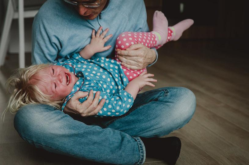 Część dorosłych nie przepada za towarzystwem dzieci /123RF/PICSEL