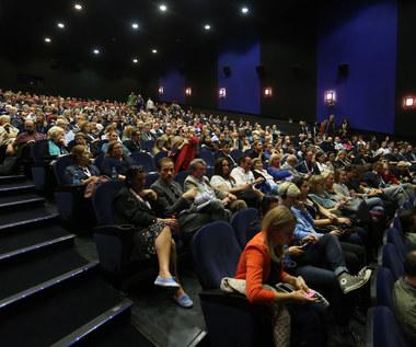 Część małych kin szykuje się na przyjęcie widzów. A multipleksy?