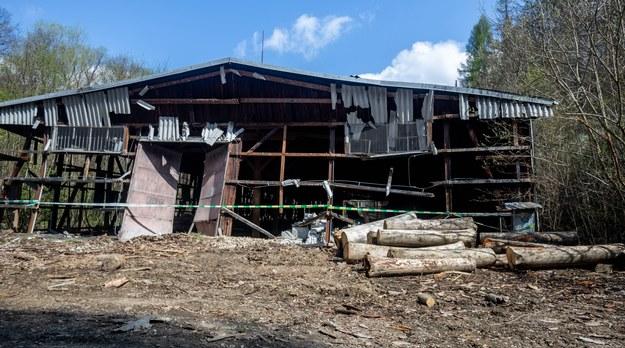 Część zniszczonego kompleksu /Vladimir Prycek /PAP/EPA
